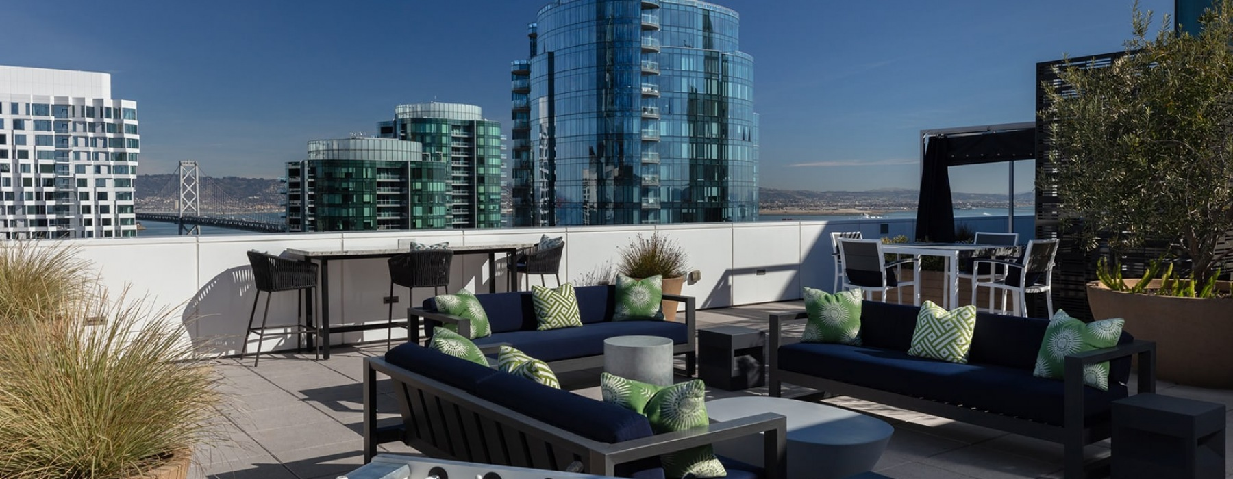 spacious lounge on the seventh floor with views of the city